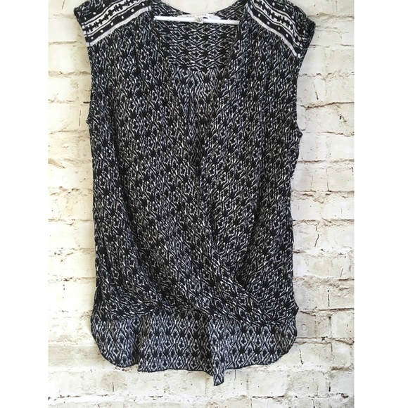 47a8eb2efeda5 Max Studio Tops - Max Studio Women s Sleeveless Wrap Blouse Size L